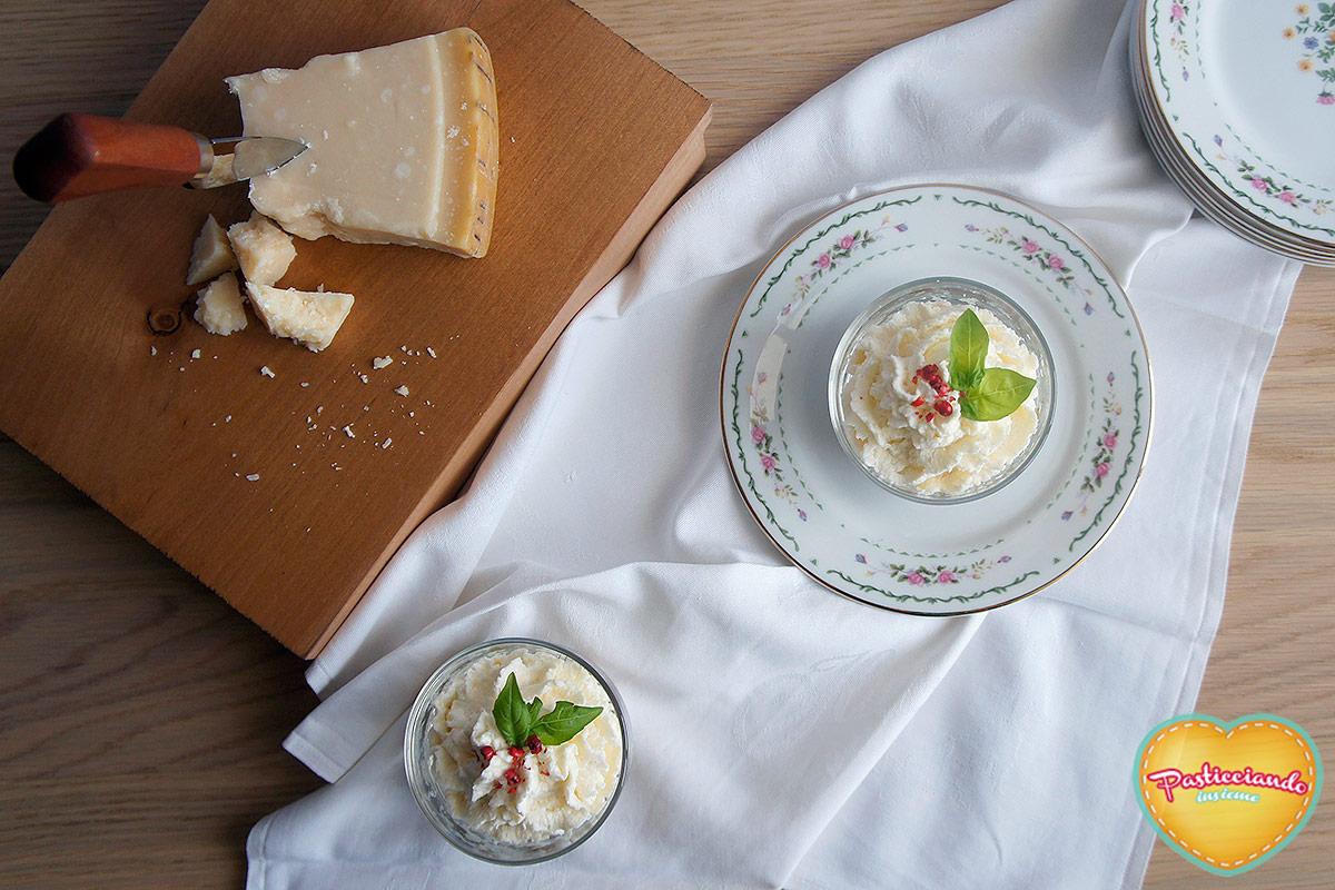 mousse-parmigiano-crumble-basilico05