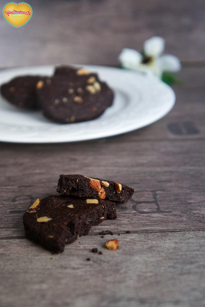 frollini-cacao-mandorle-salate04
