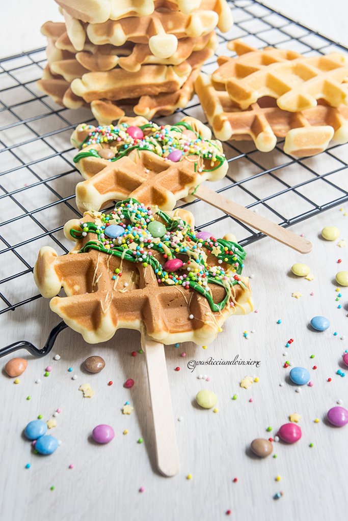 waffles decorati