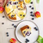 Torta con crema di ricotta e mirtilli