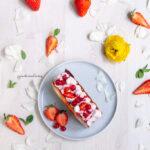 Millefoglie con crema di yogurt e Fragole